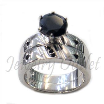 Ladies Sterling Silver Ring In Cubic Zirconia